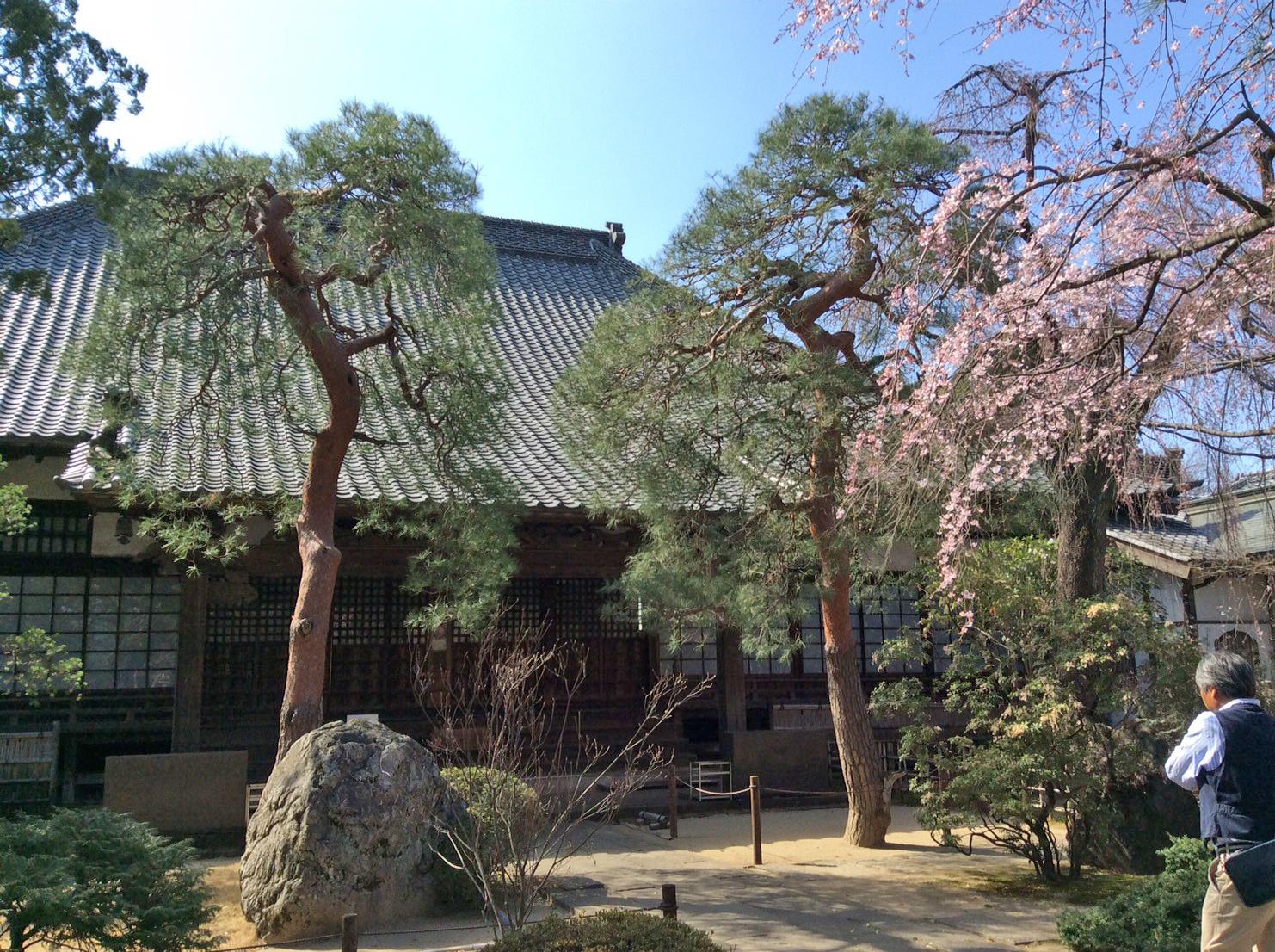 中院の本堂