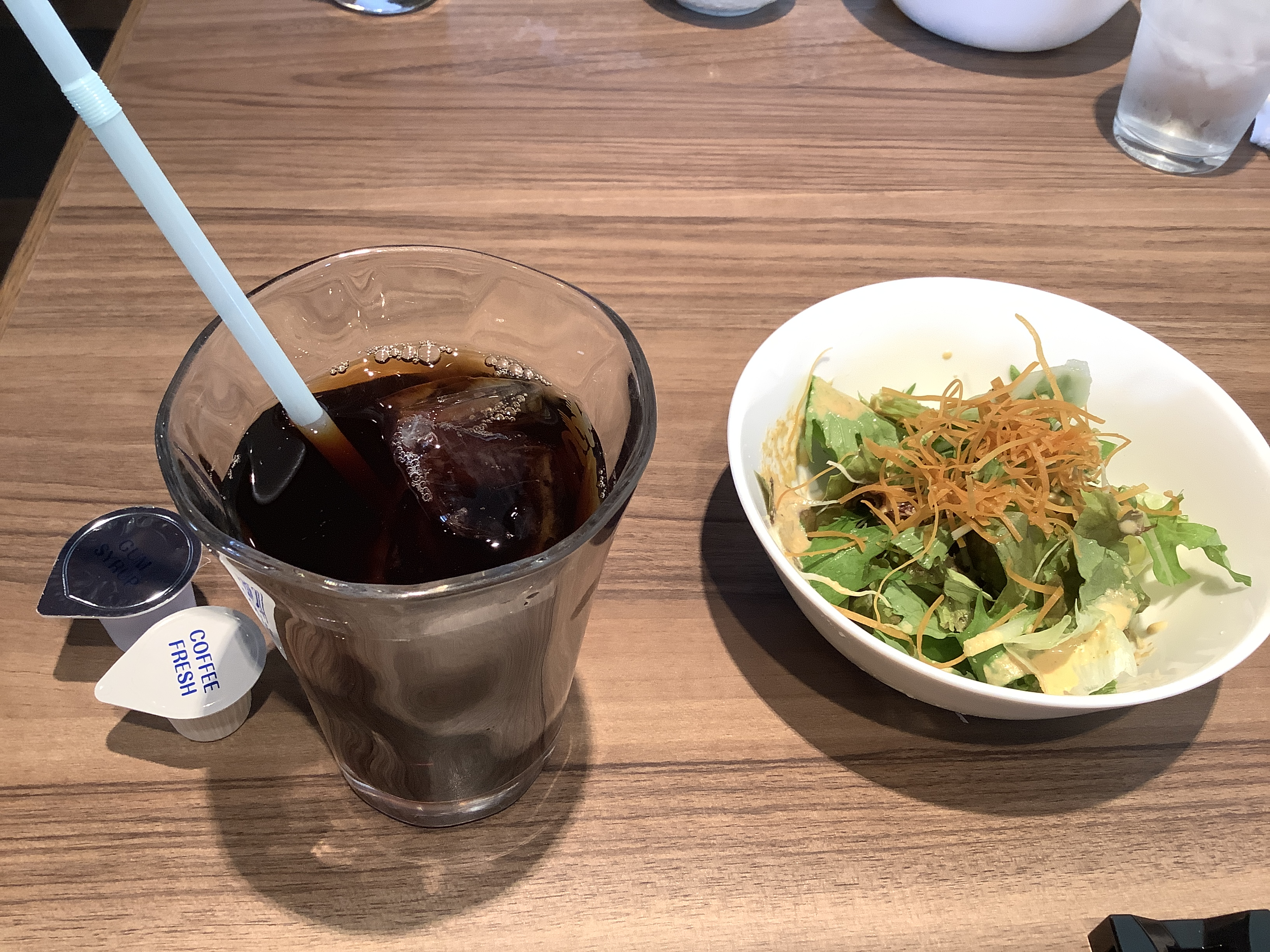 Iced coffee and salad