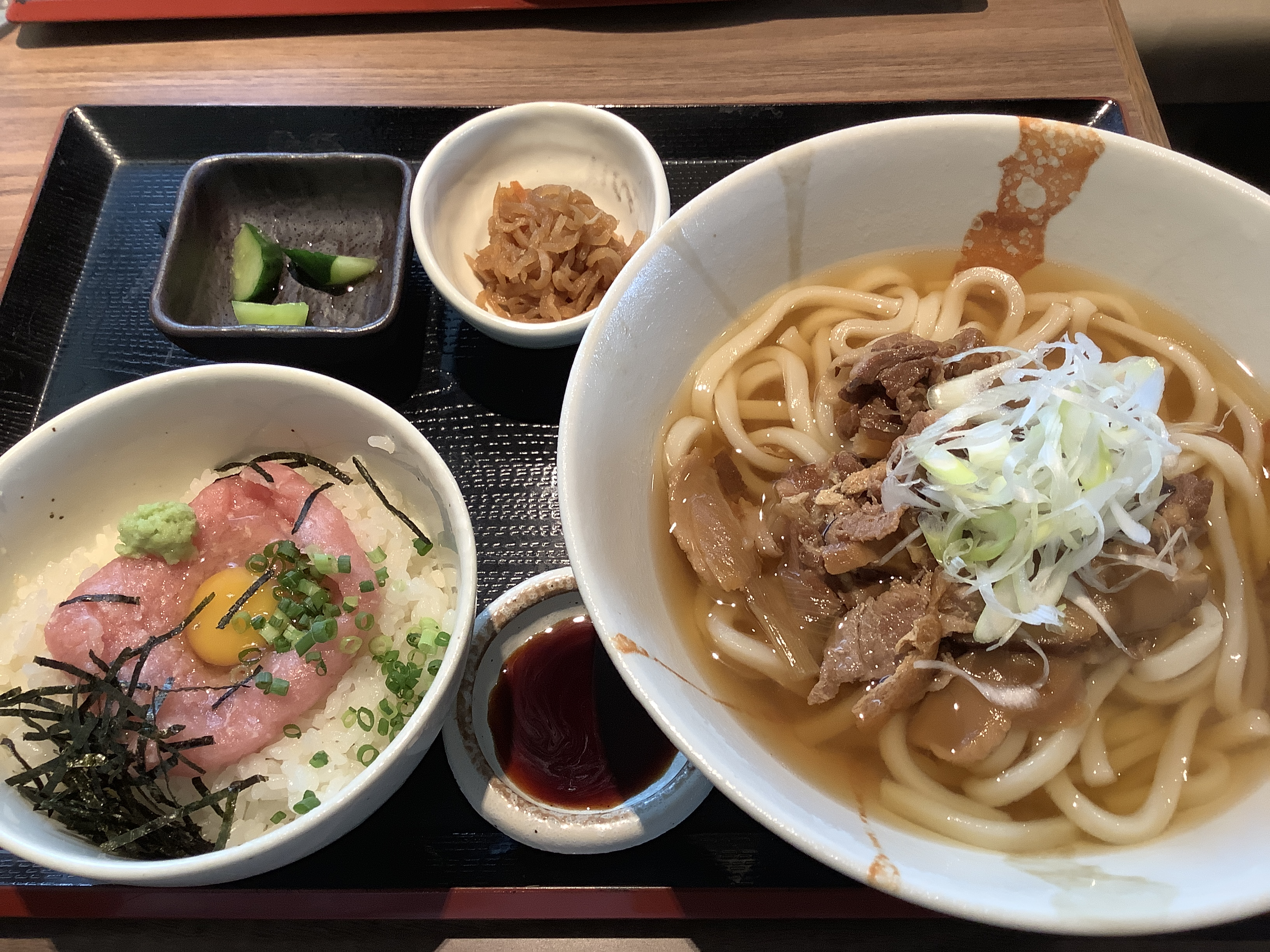 Niku-jiru Udon and Mini Negi-Toro-Don