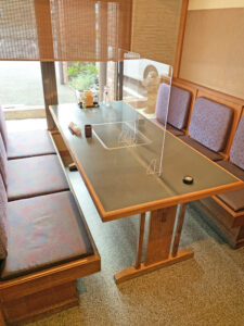 The table for 6 people